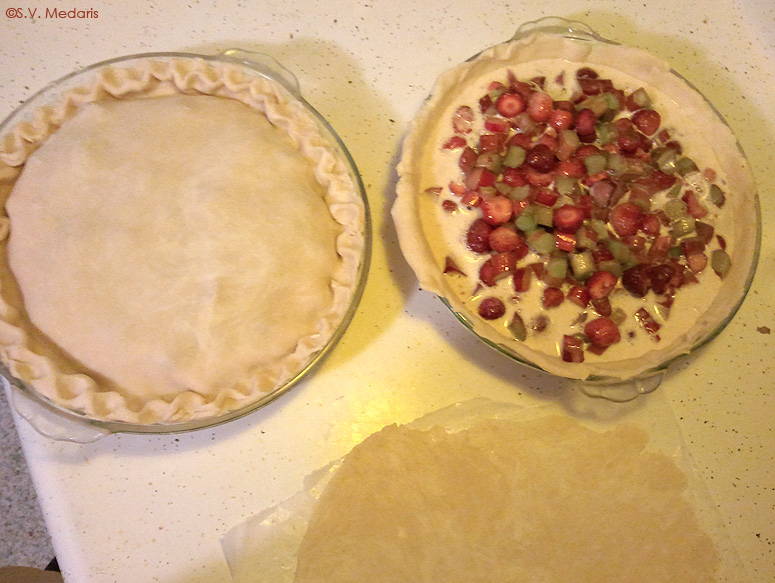 Making Strawberry Rhubarb Cream Pie